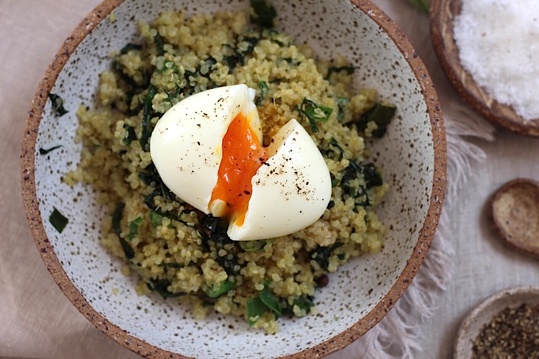 Soft Boiled Egg with Quinoa,Spinach and Shallot